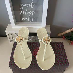 New! Tory Burch Jelly flip flop